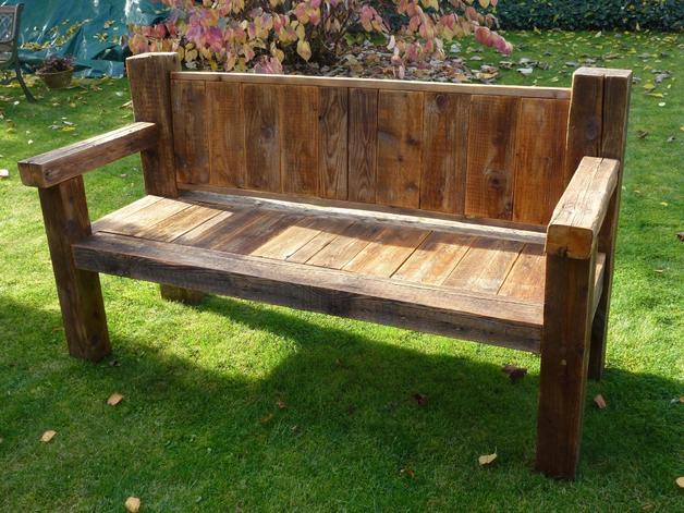Gartenbänke Holz Rustikal