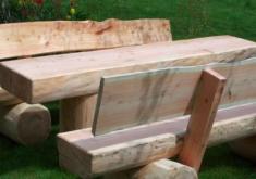 Gartenbank Aus Einem Baumstamm Aus Naturholz Groß Gemacht